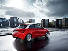 Audi A1, Latest Pics, Amazing Cars, Driving Test, In This Moment, Park, Vehicles, Drive Online, Pictures