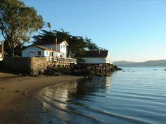 Beautiful Bleu Bay Beach Cottage with... - VRBO