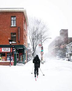 #Montréal #travel #tourism Voyage Montreal, Montreal Quebec, Winter Pictures, Urban, Belle Photo, Travel Tourism, Photos, Instagram, Places
