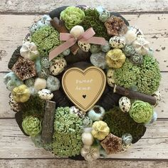 Easter Wreaths, Christmas Wreaths, Christmas Cards, Diy Arts And Crafts, Flower Decorations, Happy Easter, Dried Flowers, Floral Arrangements, Floral Wreath