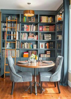 What to Consider For a Home Library is part of Future home Design - We all have books that we keep around the house, but why not turn your book obsession into a design feature Check out these fabulous home libraries that are bursting with inspiration Home Library Design, Library Ideas, Home Library Decor, Library Furniture, Furniture Online, Furniture Design, Furniture Stores, Small Home Interior Design, Furniture Ideas