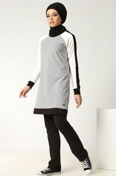 Jilbab, Hijab, Châle, Abaya et Echarpes en ligne Modest Workout Clothes, Sports Hijab, Hijab Style, Gym Tops, Mode Hijab, Sporty Outfits, Gym Wear, Sport Fashion, Wardrobes