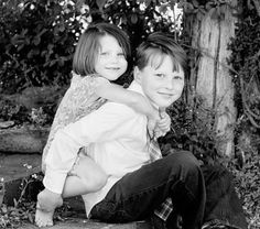 sibling christmas picture ideas | christmas card photo idea love this brother sister shot by kristina ...
