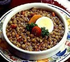 RECETA DE LENTEJAS CON CERVEZA Chili, Soup, Cooking Recipes, Wine, Beer, Restaurants, Chili Powder, Chilis, Soups