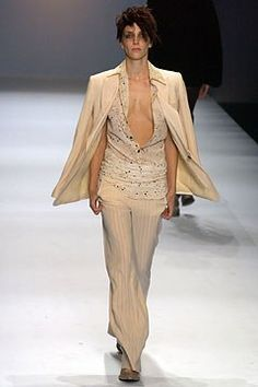 Jean Paul Gaultier Spring 2004 Ready-to-Wear Fashion Show - Hannelore Knuts, Jean Paul Gaultier