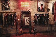 Artist Worship || I Hate Blonde Visits Christian Benner's Rock N' Roll Studio//Retail area