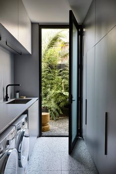 Brighton Residence II by Studio Tate and Tecture – Project Gallery – Laundry Room İdeas 2020 Modern Laundry Rooms, Laundry In Bathroom, Outside Laundry Room, Outdoor Laundry Rooms, Küchen Design, House Design, Laundry Room Inspiration, Laundry Room Design, Kitchen Interior