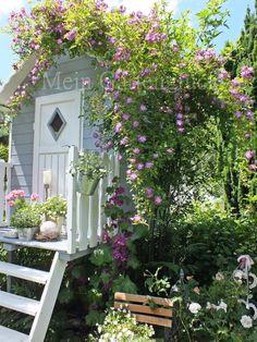 Little garden room on stilts.