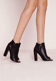 Amazing 30+ Beautiful Woman Open Toe High Heel Boots For Best Woman Performance https://www.tukuoke.com/30-beautiful-woman-open-toe-high-heel-boots-for-best-woman-performance-7160