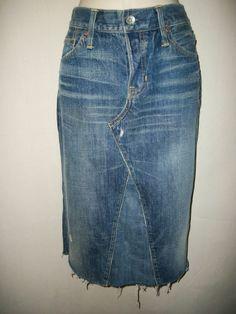 GAP 1969 Size 8 Denim Jean Skirt Distressed Raw Hem Button Fly