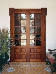 Puertas on pinterest stained glass gates and arts crafts for Puertas interiores de madera con vidrio