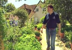Another great gardening show : Alan Titchmarsh's How To Be A Gardener ....S02E03 Cottage Garden