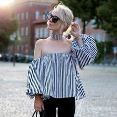 2017 New Off Shoulder Top Womens Shirts Black Striped Sexy Strapless Camisa Loose Blouse Blusa Mujer Tunique Femme Manche Longue