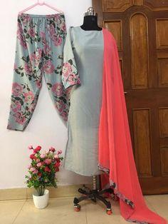 Share on WhatsApp Simple Kurti Designs, Kurta Designs Women, Blouse Designs, New Dress Design Indian, Pakistani Dress Design, Kurtis With Pants, Embroidery Suits Design, Hand Embroidery, Frock Fashion