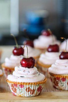 Fresh Cherry Limeade Cupcakes