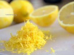 Сенсацией сегодняшнего дня стала информация о пользе замороженного лимона. Оказывается, что при его употреблении организм получает от 5 до 10 раз больше витаминов, чем их содержит богатый витаминами лимонный сок. Кроме того, как оказалось, каждый раз, выбрасывая лимонную кожуру, мы лишаем себя огромного количества полезных веществ и возможности быть здоровее.