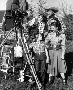 THE ROY ROGERS SHOW (NBC-TV) - Roy Rogers & Dale Evans on the set with their children.