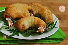 SECONDI PIATTI DI NATALE My Favorite Food, Favorite Recipes, Finger Food, Menu, Antipasto, Food And Drink, Turkey, Chicken, Cooking