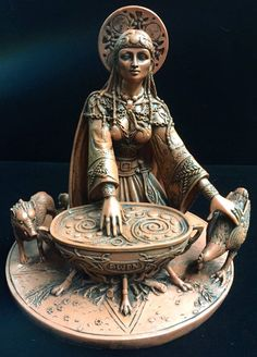 Cerridwen, Celtic Goddess of Wisdom.