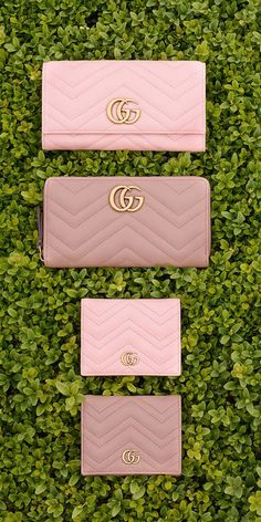 GG Marmont matelassé shoulder bag - Gucci Handbags - Ideas of Gucci Handbags - Women Gucci Handbags, Luxury Handbags, Purses And Handbags, Designer Handbags, Ladies Handbags, Gucci Bags, Gucci Shoes, Designer Bags, Gucci Wallet