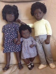 Black Sasha Dolls Antique Dolls, Vintage Dolls, Gotz Dolls, Dolls Dolls, Dolly World, Sasha Doll, African American Dolls, Doll Beds, Doll Quilt