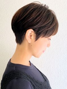 【COLO】20代30代40代耳掛け丸みくびれマッシュショート 吉祥寺:L076289586|コロ(COLO)のヘアカタログ|ホットペッパービューティー Short Hair Cuts, Short Hair Styles, Different Hairstyles, Grow Out, About Hair, Gorgeous Hair, Hair Inspiration, Bob, Hair Color