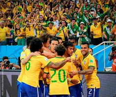 Brazil Team celebrate goal winner Brazil Players, Brazil Team, Claro Video, Neymar Pic, Basketball Court, Soccer, World Cup 2014, Croatia, Football