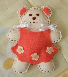 fonte: http://fuimorarnumacasinha.blogspot.com/2010/09/o-que-fazer-com-feltro.html    fonte: http://rosegarciarrais.blogspot.com/