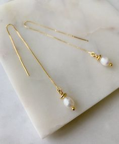Asymmetrical Bar Earrings- minimal studs/ modern earrings/ pearl studs/ silver studs/ rose gold studs/ gifts for her/ birthday gift/ minimal - Fine Jewelry Ideas Bride Earrings, Bar Earrings, Gold Hoop Earrings, Long Pearl Necklaces, Sapphire Earrings, Gemstone Jewelry, Pearl Jewelry Set, Gold Jewellery, Silver Jewelry