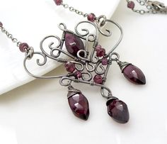 Garnet necklace in sterling silver Wire by CreativityJewellery