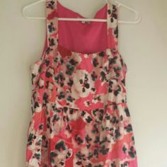 Floral dress Short Floral print dress with side zipper. Charlotte Russe Dresses