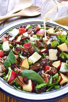 This Apple Brie Salad combines the crispness of apples with the creaminess of Brie cheese in a delicious salad that's perfect year round! Apple Cranberry Salad, Apple Walnut Salad, Healthy Salads, Healthy Eating, Healthy Recipes, Healthy Foods, Apple Salad Recipes, Spinach Salad, Egg Salad