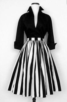c6e96594b4e Women s Pinup Girl Couture RARE Circle Skirt Black and White Striped Size  XS NWT  PinupCouture