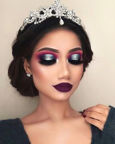 "138.3k Likes, 1,183 Comments - ALINA (@makeupbyalinna) on Instagram: ""Every year when I'm trying to come up with holiday makeup looks, I try to avoid the typical colours…"""