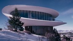 Sculptured House by Charles Deaton Featured prominently in the 1973 sci-fi comedy Sleeper. It's a Colorado landmark! Architecture Old, Futuristic Architecture, Beautiful Architecture, Louis Kahn, Jefferson County Colorado, Feng Shui, Sci Fi Comedy, Colani, Colorado Homes