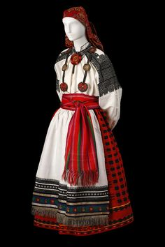 full traditional Russian costume with traditional embroidery Folk Fashion, Ethnic Fashion, Historical Costume, Historical Clothing, Mode Russe, Folk Costume, Costumes, Style Russe, Costume Ethnique