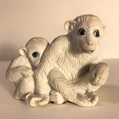 "3″ Vintage Ceramic 2 White Monkeys Figurine, ""Mama & Baby Monkey Pose"""
