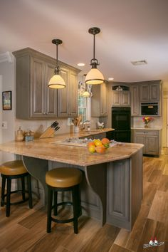 Let's make those kitchen dreams become reality. Tidy Kitchen, Kitchen Magic, Kitchen Art, New Kitchen, Custom Kitchen Cabinets, Custom Cabinetry, Cabinet Refacing, Cabinet Doors, Plywood Cabinets