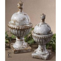 Tuscan / French Paris Style Distressed Finish Ceramic Decorative FinialsCeramic finials featuring a heavily distressed, powder blue finish with antiqued khaki undertones. Rustic Mirrors, Rustic Walls, Rustic Wall Decor, Home Decor Accessories, Decorative Accessories, Decorative Items, Cute Dorm Rooms, Cool Rooms, Barn Wood Picture Frames