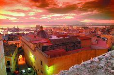 Con un po' di immaginazione anche una città si può colorare di fucsia....