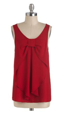 Red bow tank