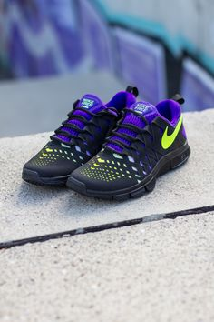 Nike Free Trainer 5.0 NRG | Black, Volt & Electro Purple