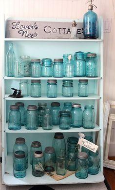 Antique mason jars antique canning jars посуда, винтаж и ант Antique Bottles, Vintage Bottles, Bottles And Jars, Antique Glass, Glass Bottles, Vintage Mason Jars, Blue Mason Jars, Beach Bungalows, Ball Jars
