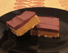 Low Carb/Sugar Peanut Butter Cup Fudge by loopylamb, Sugar Free Fudge, Sugar Free Sweets, Sugar Free Candy, Sugar Free Recipes, Low Carb Recipes, New Year's Desserts, Delicious Desserts, Dessert Recipes, Diabetic Desserts