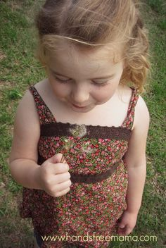 """The day I stopped saying """"hurry up""""./ the two words I want to stop saying to my daughter. My Little Lover, Hands Free Mama, Mom Blogs, Parenting Advice, To My Daughter, Daughters, Decir No, How Are You Feeling, Teaching"""