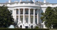 Omar González, el hombre que logró acceder a la Casa Blanca el pasado viernes tras saltar la reja de seguridad, tenía 800 cartuchos de municiones en su vehículo, dos hachas y un machete, informó hoy un fiscal federal. El fiscal federal asistente David Mudd indicó que, además de los 800 cartuchos de munición, […]