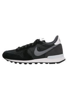 Pedir Nike Sportswear INTERNATIONALIST - Zapatillas - black/cool grey/anthracite/pure platinum por 74,95 € (25/11/15) en Zalando.es, con gastos de envío gratuitos.