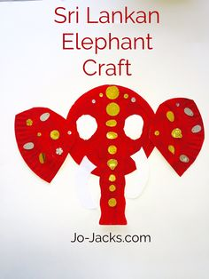 Lotus Flowers and Elephants Crafts - Buddhism for Children - Jo Jacks Travel New Year's Crafts, Rock Crafts, Crafts For Girls, Summer Crafts, Fall Crafts, Paper Crafts, Kids Crafts, Asian Crafts, Elephant Crafts