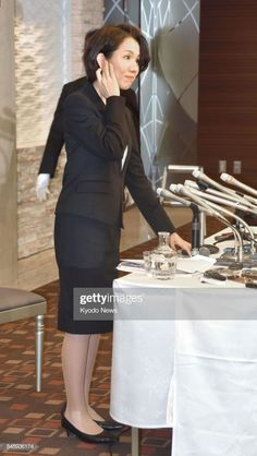 ニュース写真 : Japanese lawmaker Mayuko Toyota attends a press. Asian Woman, Asian Girl, Dress Skirt, Peplum Dress, Girls Uniforms, Sexy Older Women, Hosiery, Toyota, Japanese