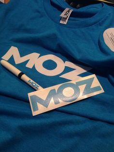 Andrew Agnello shows off his Moz swag!